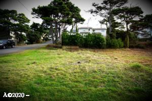 1142 NW 13th (lot 3) Street, Lincoln City, OR 97367 - Photo without sign_InPixio
