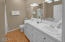 5115 Cavalier Ave, Depoe Bay, OR 97341 - Master Bathroom