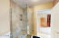 931 SW 50th St, Lincoln City, OR 97367 - Master Bath