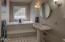 169 SE View Dr, Newport, OR 97365 - mid level bath