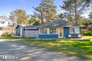 1420 SE 2nd Ct., Lincoln City, OR 97367 - Home & Studio
