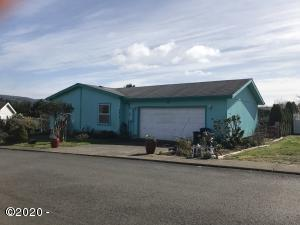 2814 NE 46th Loop, Lincoln City, OR 97367 - front