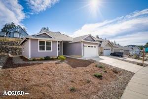 4184 SE Inlet Ave., Lincoln City, OR 97367 - Curbside