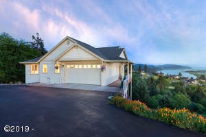 7415 Summit Rd, Pacific City, OR 97135-9102 - Exterior