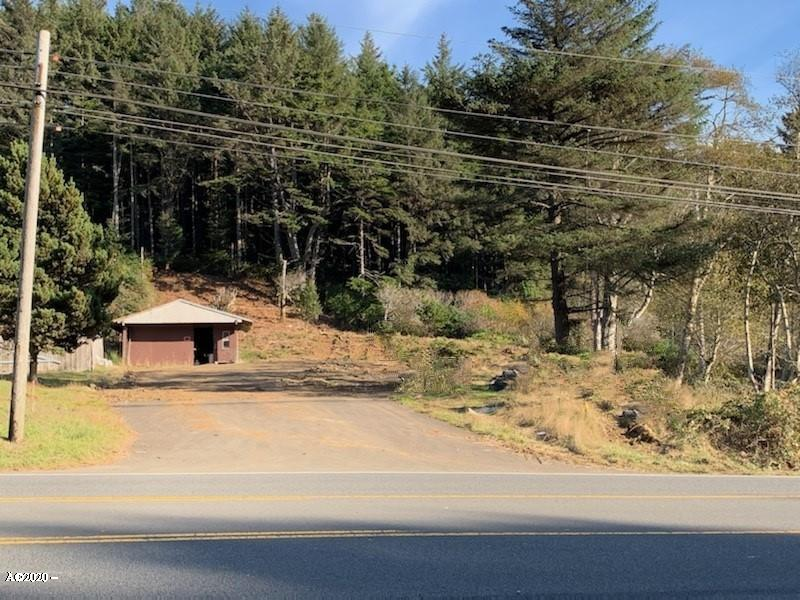 2204 SE Highway 101, Lincoln City, OR 97367 - Front view Parcel A & B