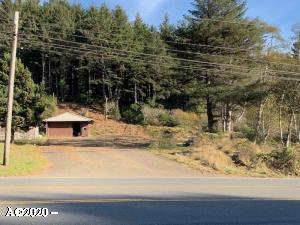 2204 SE Highway 101, Lincoln City, OR 97367