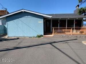 5885 El Mar Ave, Gleneden Beach, OR 97388 - Front of Home