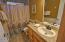 320 Wallace St, Gleneden Beach, OR 97388 - Main Bath