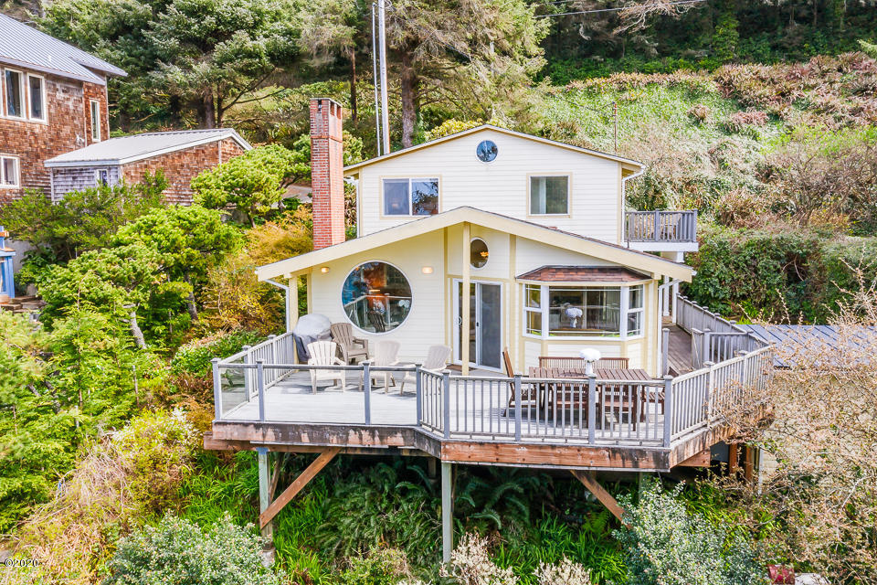 3773 Ross Ave, Depoe Bay, OR 97341 - Exterior of Home