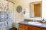 2536 Nashville Rd, Eddyville, OR 97343 - Bathroom Upper Level