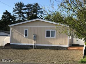 31 73rd St, Newport, OR 97365 - Home