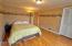 1033 NE Eads St, Newport, OR 97365 - Bedroom 2