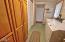 1033 NE Eads St, Newport, OR 97365 - Laundry area