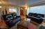 1033 NE Eads St, Newport, OR 97365 - Living Room