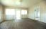 1514 NE 11th St, Lincoln City, OR 97367 - Living room