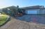 1033 NE Eads St, Newport, OR 97365 - spacious driveway and parking