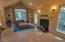 66 Olalla Pl, Toledo, OR 97391 - Living room