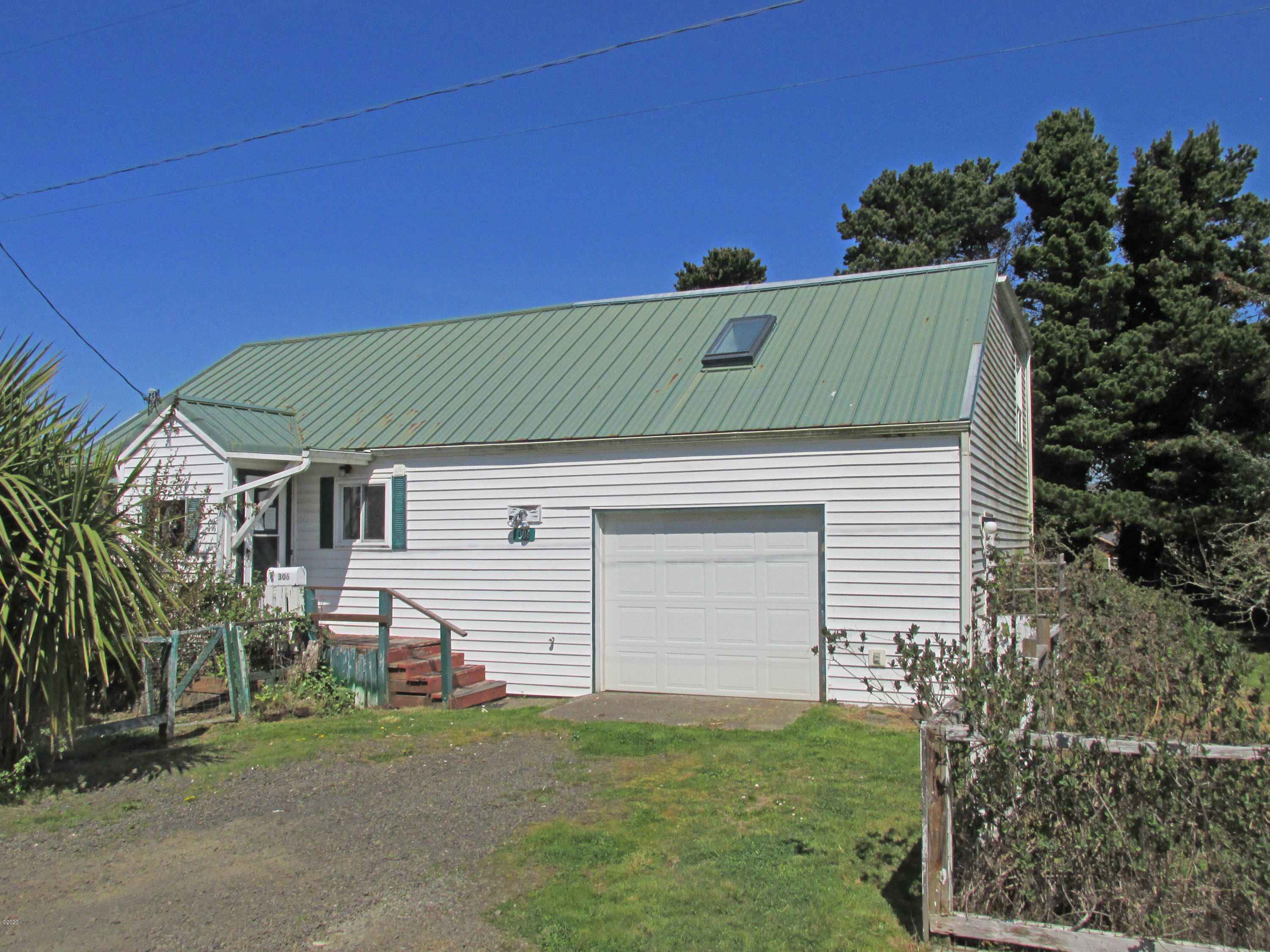 306 NW 59th St, Newport, OR 97365 - IMG_8619