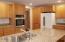5565 Hacienda Ave, Lincoln City, OR 97367 - Kitchen - view 3