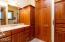 1425 SW Walking Wood, Depoe Bay, OR 97341 - Master bathroom