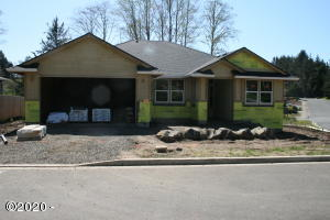 2814 NE 61st Place, Lincoln City, OR 97367 - Front of Home