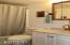 415 SE 4th St, Newport, OR 97365 - Downstairs Bath