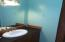 435 Siletz Ave, Depoe Bay, OR 97341 - ken bathroom1