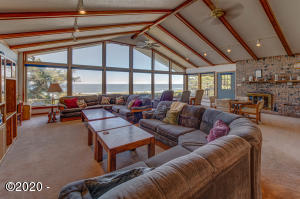 7858 SW Surfland St, South Beach, OR 97366 - Large Living Rm with Ocean view.