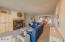 1125 NW Spring St, A-7, Newport, OR 97365 - living rm