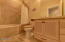 1125 NW Spring St, A-7, Newport, OR 97365 - bath 3