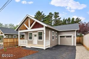 313 SE Neptune Ave., Lincoln City, OR 97367 - New Construction