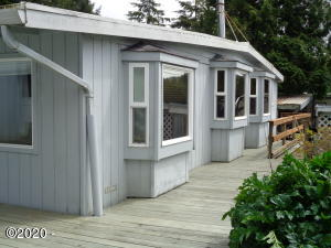 40 SE Sunnyview Lane, Depoe Bay, OR 97341 - Front Elevation