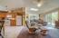 1045 Hidden Valley Rd, Toledo, OR 97391 - Living room