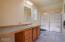 1045 Hidden Valley Rd, Toledo, OR 97391 - Master bedoom suite