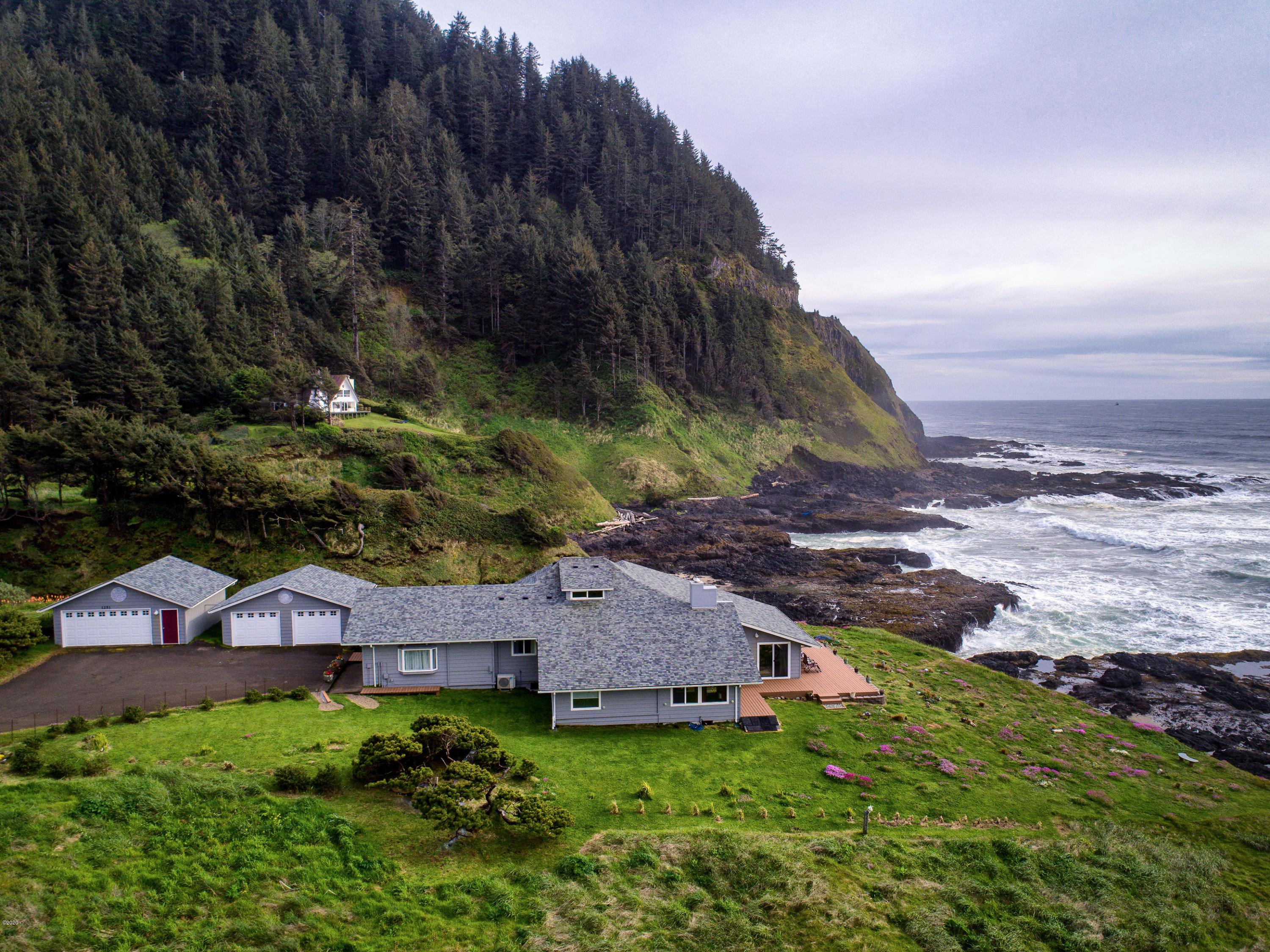 1251 Hwy 101 SOUTH, Yachats, OR 97498 - HighRes-1