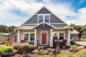 230 Fern St, Gleneden Beach, OR 97388 - Front of Home