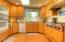1015 NE Laurel Ct, Newport, OR 97365 - Kitchen
