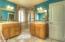 1015 NE Laurel Ct, Newport, OR 97365 - Master Bathroom