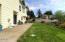1015 NE Laurel Ct, Newport, OR 97365 - Yard
