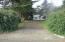 1409 NW Nye St, Newport, OR 97365 - Driveway
