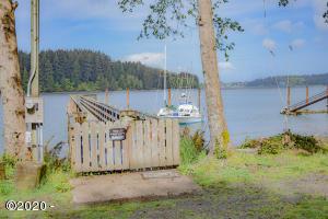 TL#2800 Yaquina Bay Rd, Newport, OR 97365 - 2800 dock 2