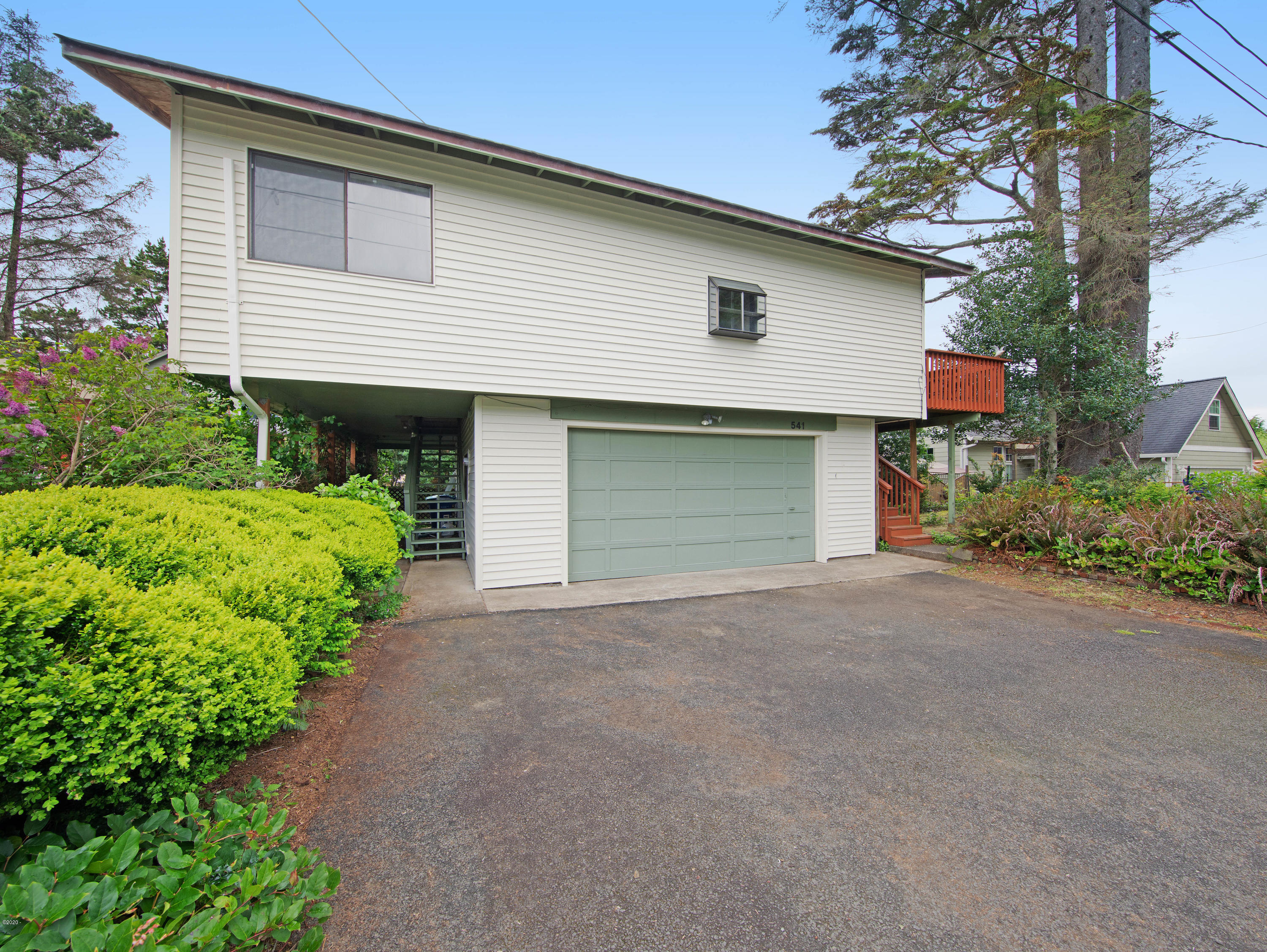 541 SE Oar Ave, Lincoln City, OR 97367 - Front Of Home
