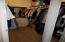 6709 SW Inlet Ave, Lincoln City, OR 97367 - Walk in Closet
