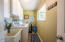 116 NE 115th St, Newport, OR 97365 - laundry/mudroom