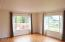 156 NE 115th St, Newport, OR 97365 - Living Room