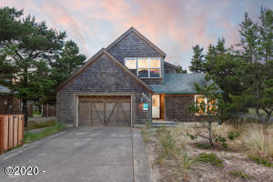 5795 Barefoot Ln, Pacific City, OR 97135 - Front Exterior