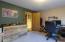 1300 SE Rio Vista Ln, Newport, OR 97365 - Bedroom
