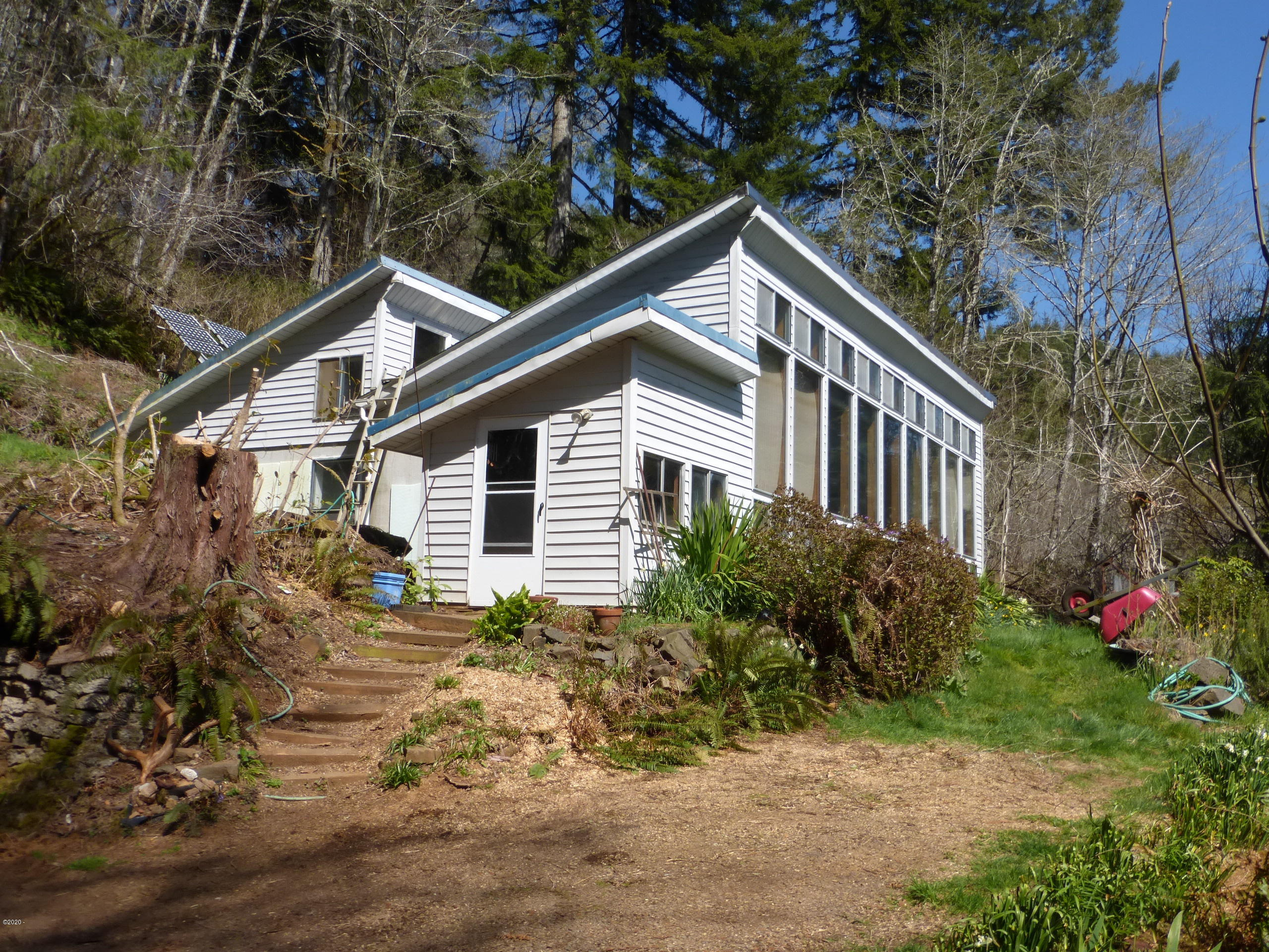 12909 Logsden Rd, Blodgett, OR 97326 - From the parking area