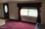 830 SE Port Ave, Lincoln City, OR 97367 - Living room