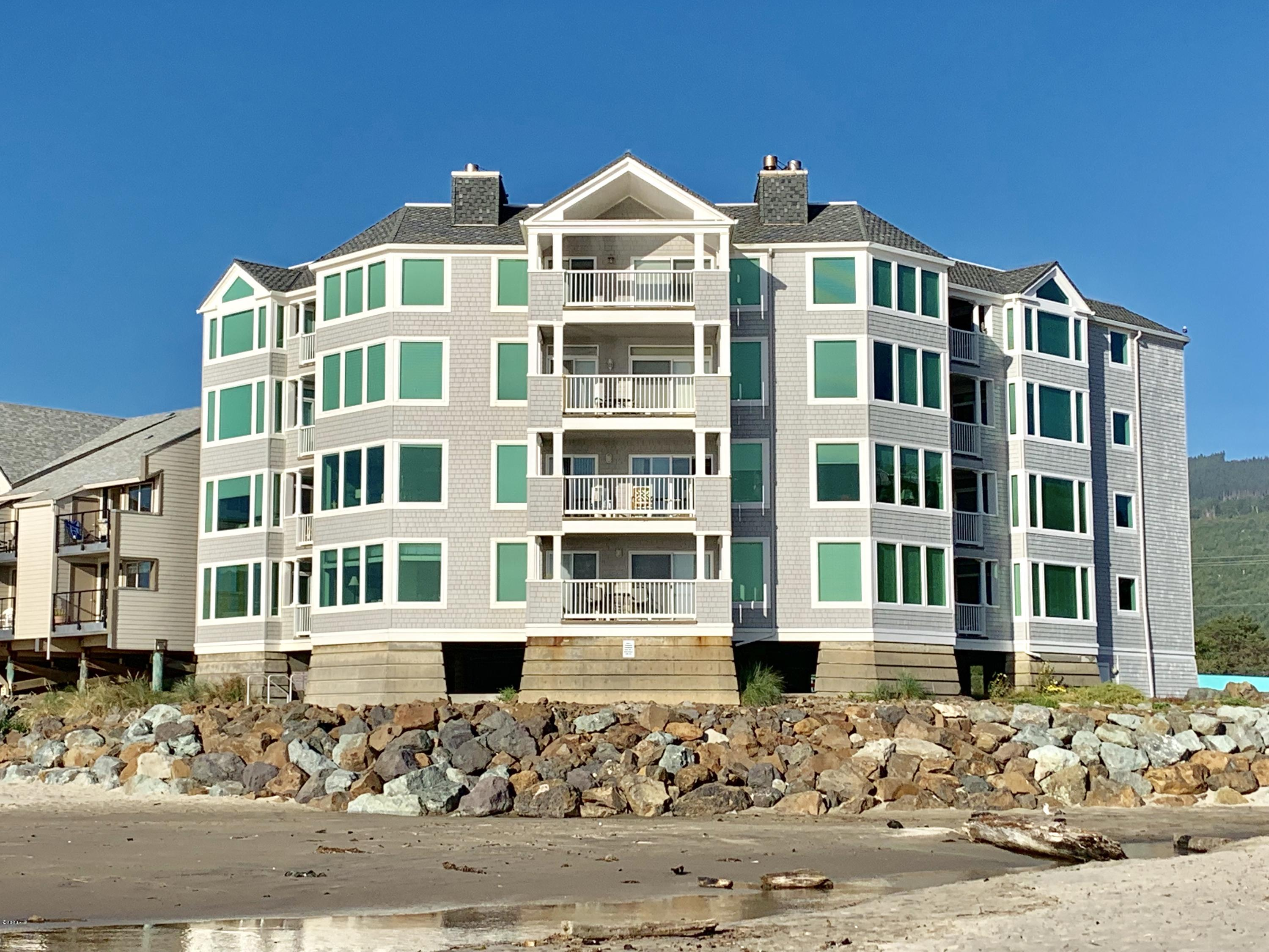 115 N. Miller St., UNIT 203 'WEEK E', Rockaway Beach, OR 97136 - Beach Side of the Condo's